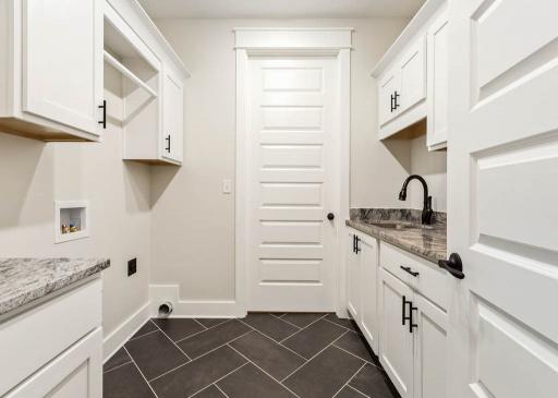 5 Bedrooms Bedrooms, ,4 BathroomsBathrooms,Floor Plans,Floor Plan,1023
