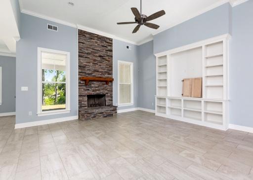 5 Bedrooms Bedrooms, ,3 BathroomsBathrooms,Floor Plans,Floor Plan,1038