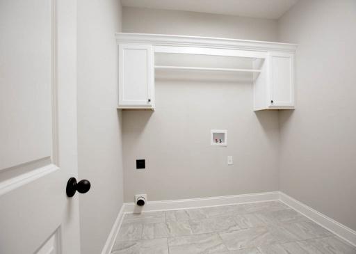 5 Bedrooms Bedrooms, ,3 BathroomsBathrooms,Floor Plans,Floor Plan,1060
